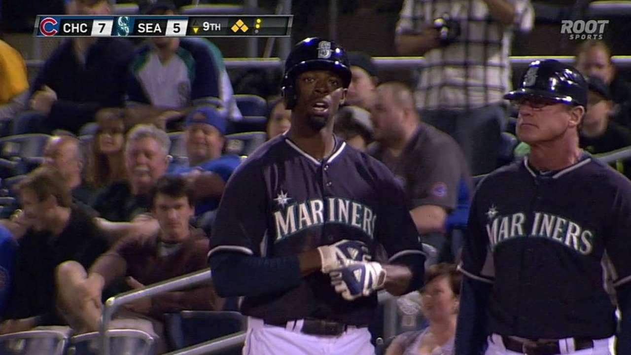 Jones joins Mariners for first big league stint