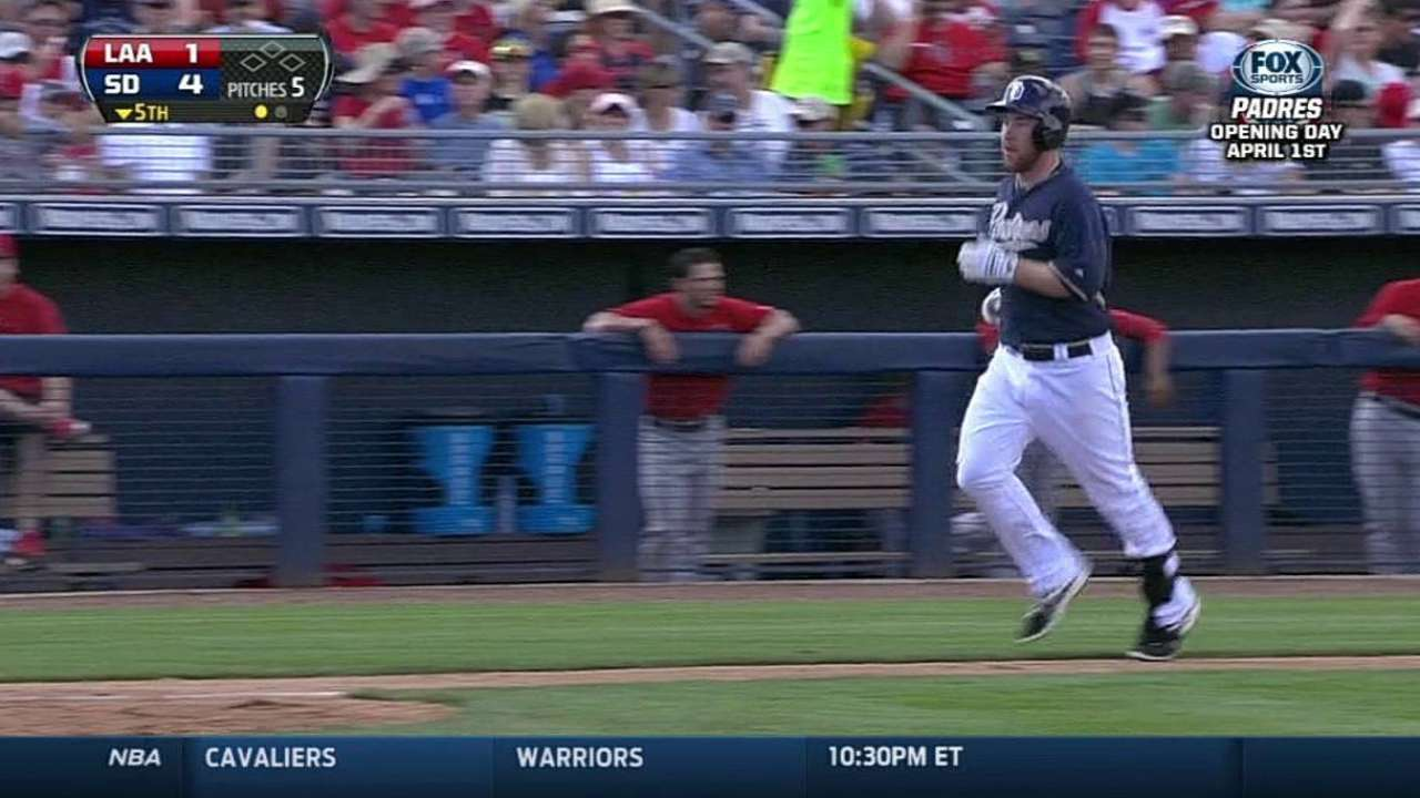 Two Padres homer behind stellar Stults