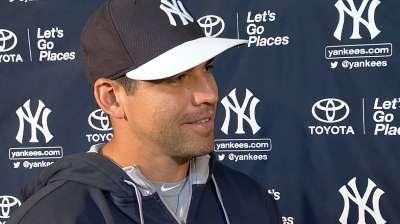 Ellsbury remains on sidelines as Yanks host Sox