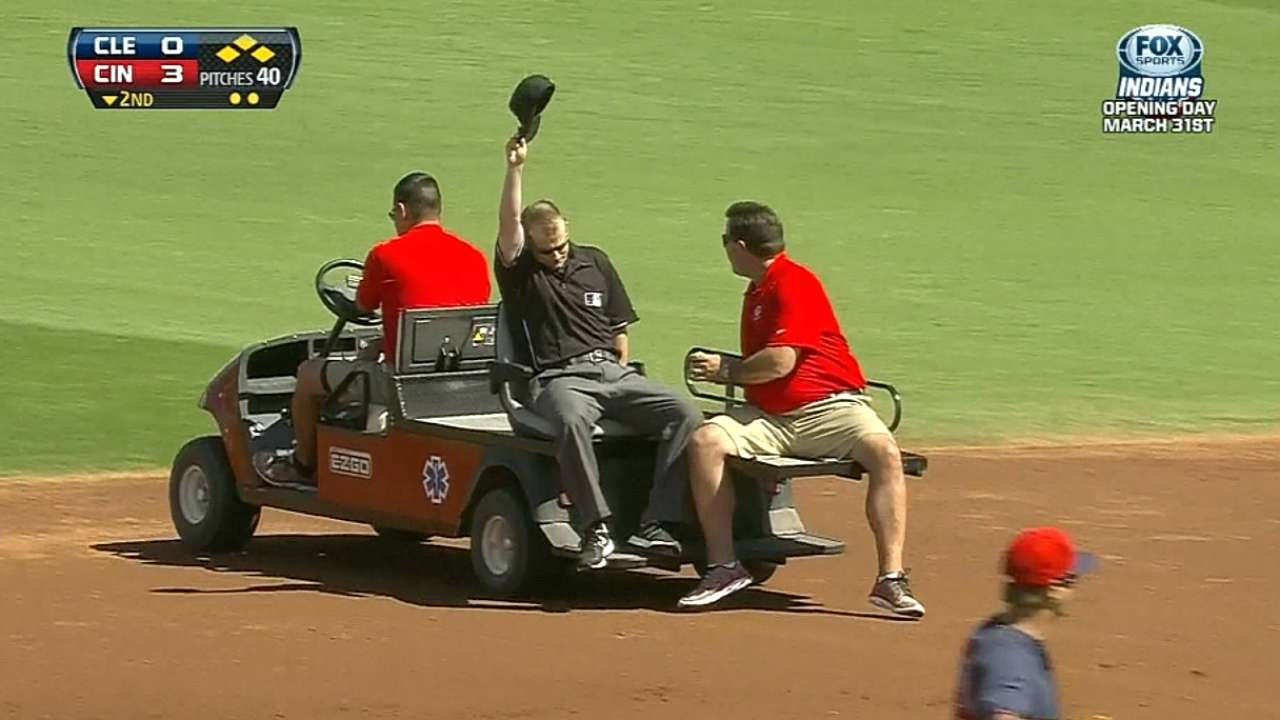 Umpire struck by liner in Indians-Reds game