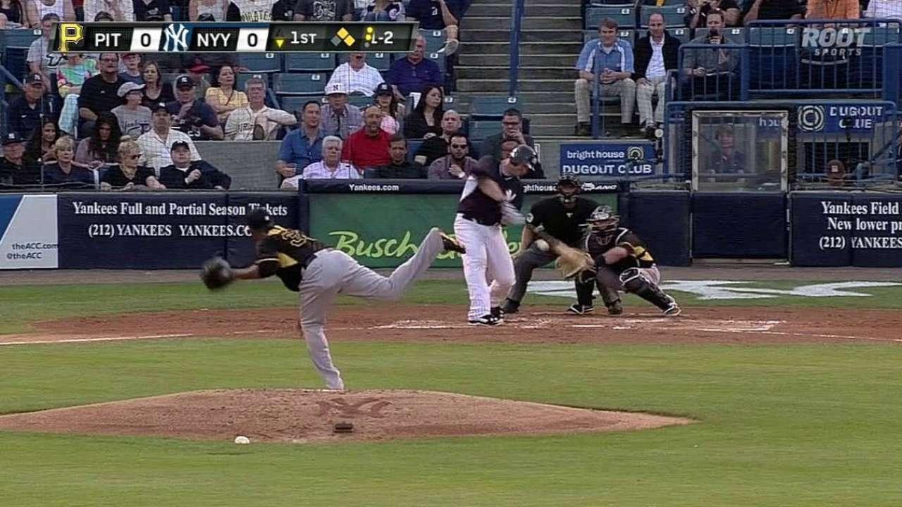 Yankees blanquean a Piratas, Jeter decepciona
