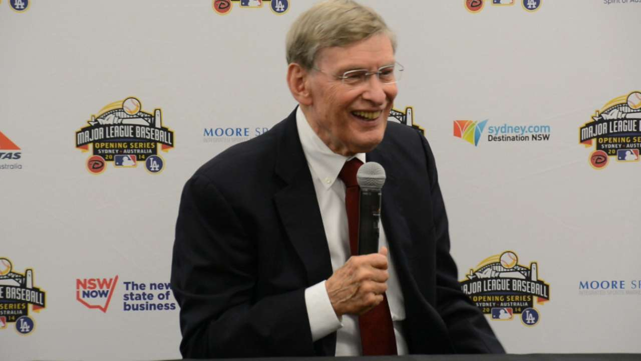 Selig takes in final Opening Day as Commissioner