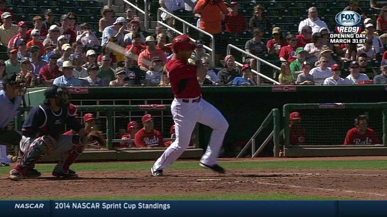 Simon 'hot and cold' as Votto gets in knocks