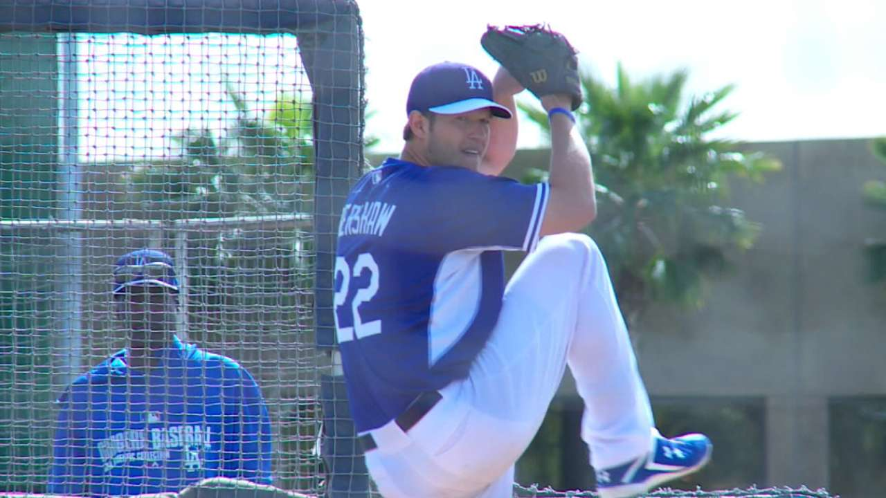 Dodgers wait to reevaluate Kershaw's status