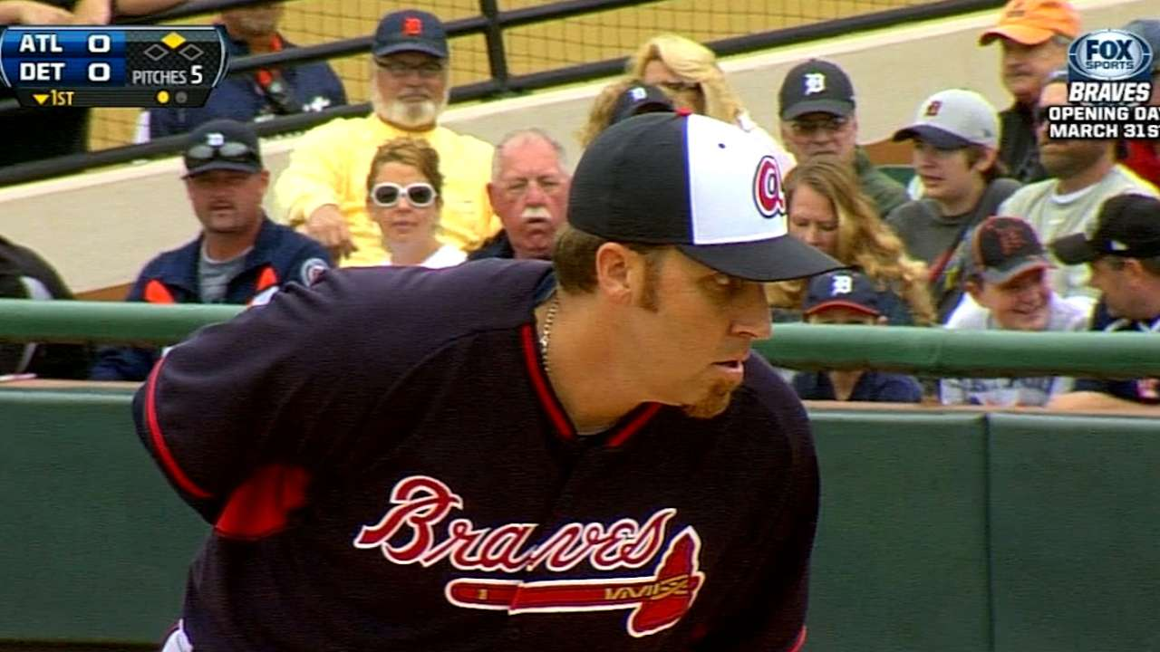 Harang works into sixth inning in Braves debut