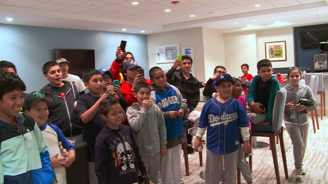Dodgers kick off program to bring kids to games
