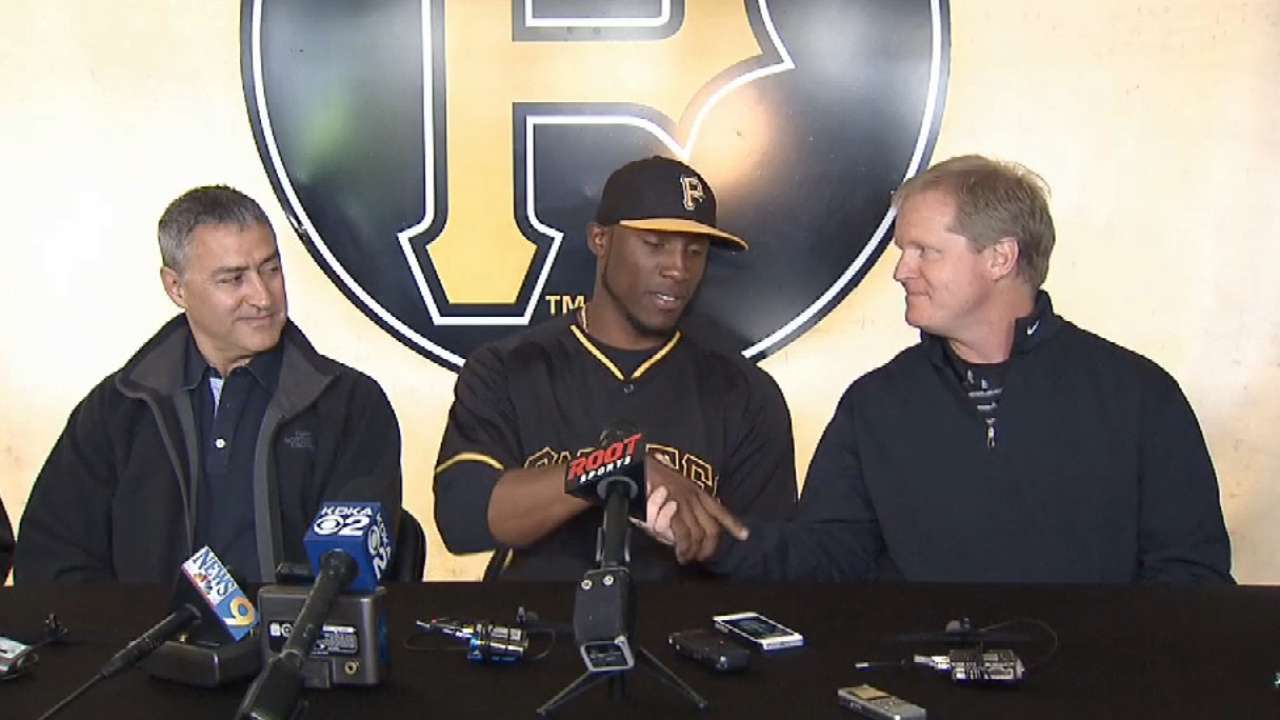 Marte's six-year extension with Bucs official