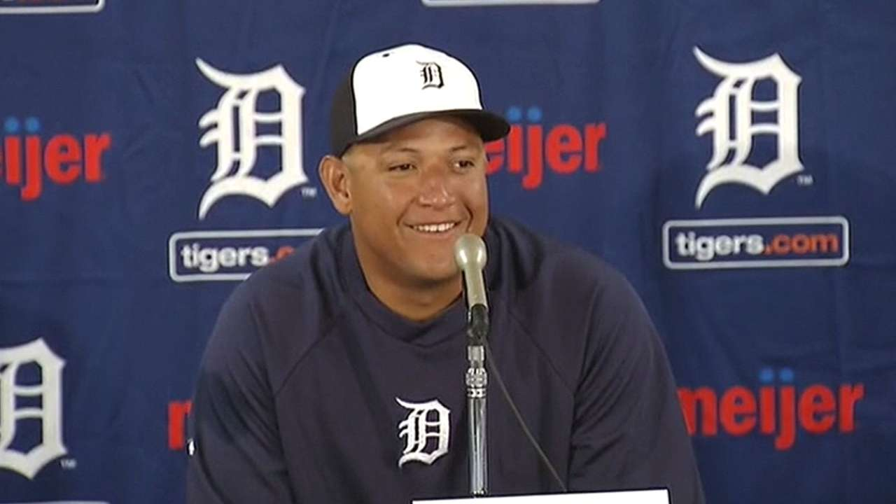 Tigers announce record extension for Miggy