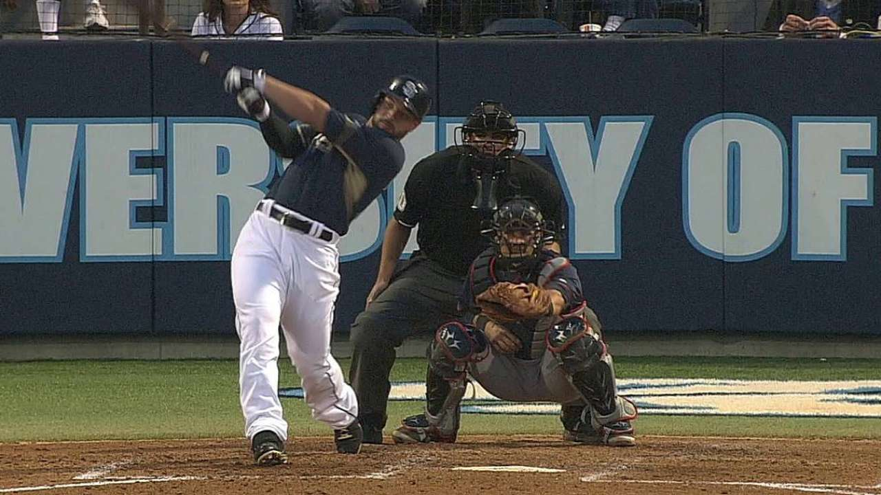 Alonso homers, but Padres dig too big a hole