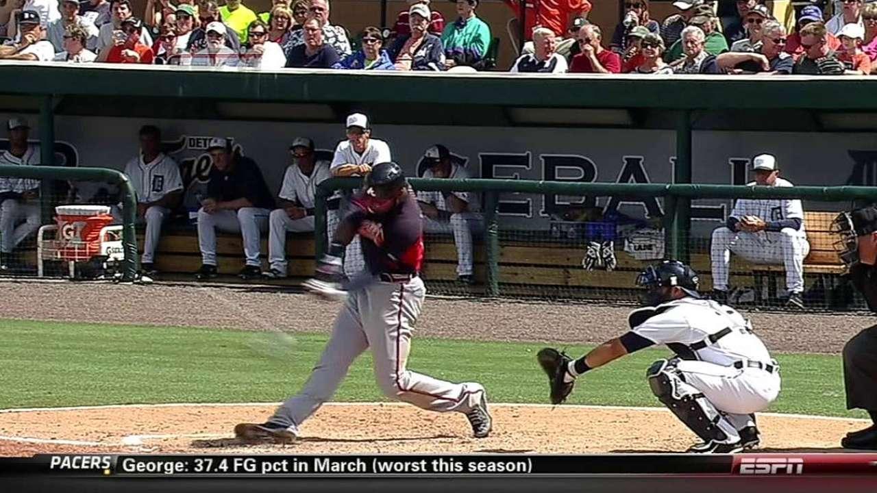 Heyward's long drive highlights Braves' rout