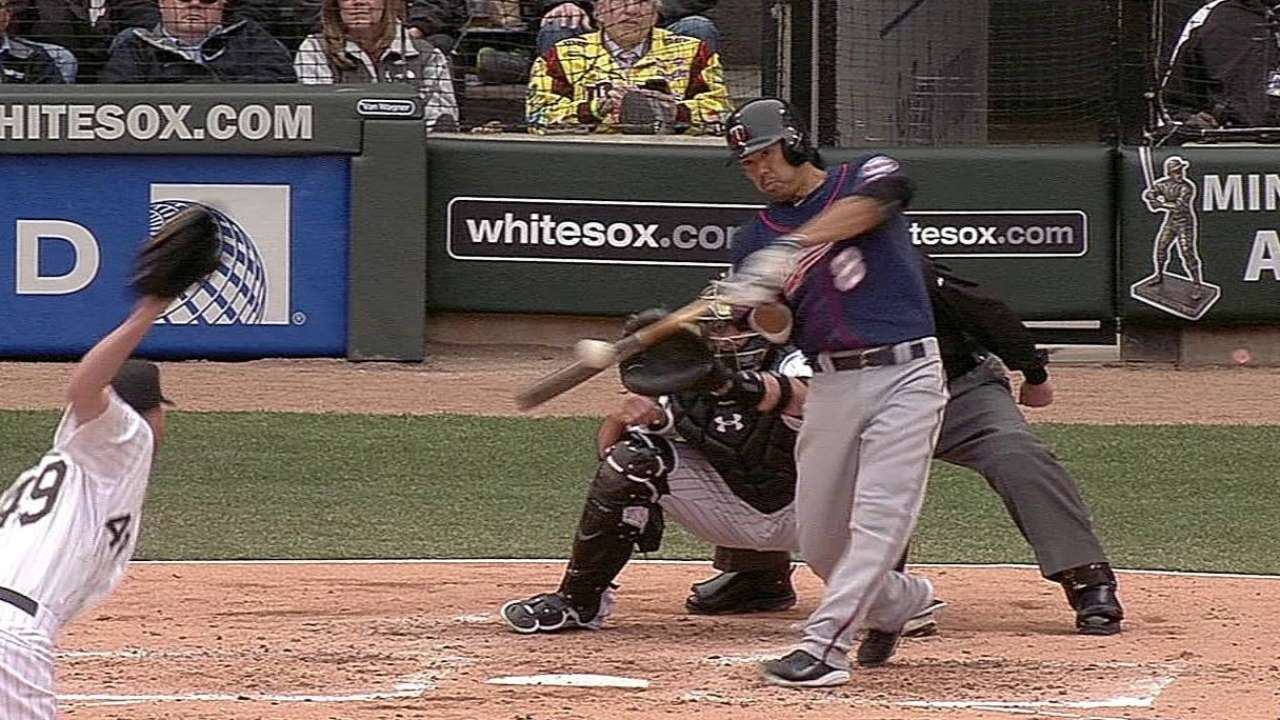 Nolasco's Twins debut spoiled by home runs