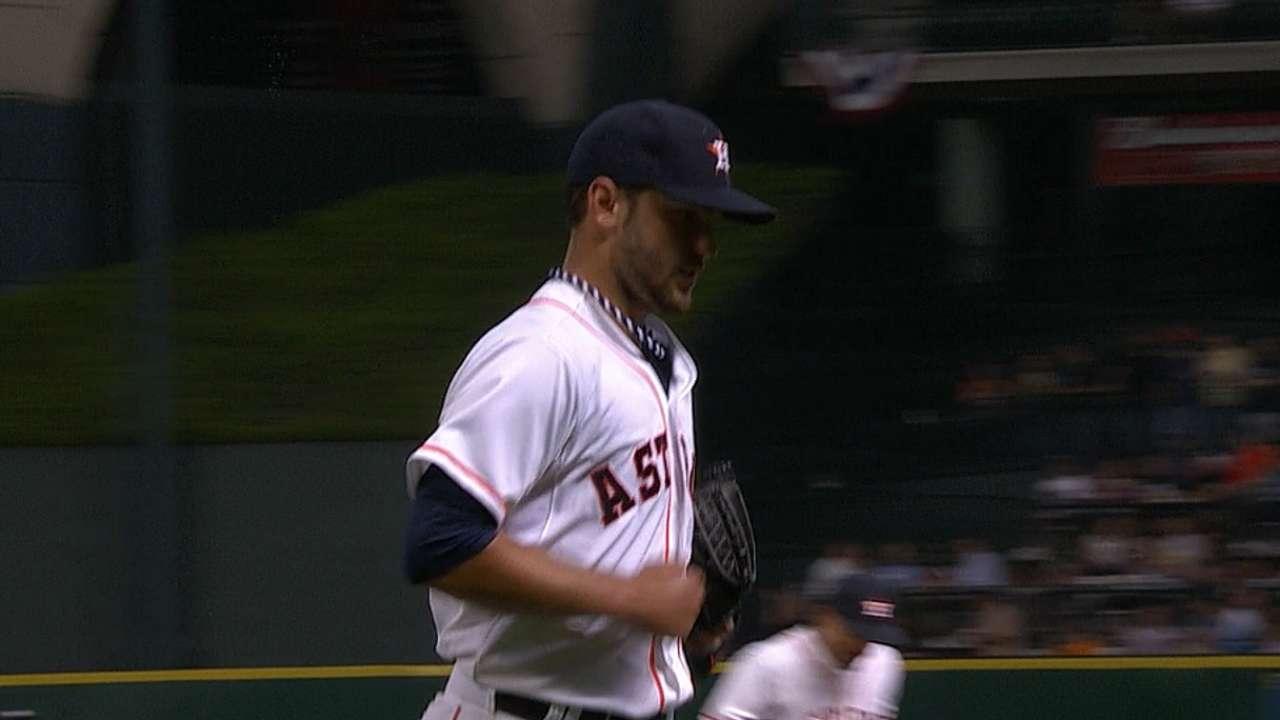 Astros repiten la dosis para imponerse a Yankees