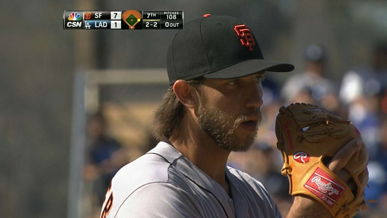 Three homers back Bumgarner's strong start