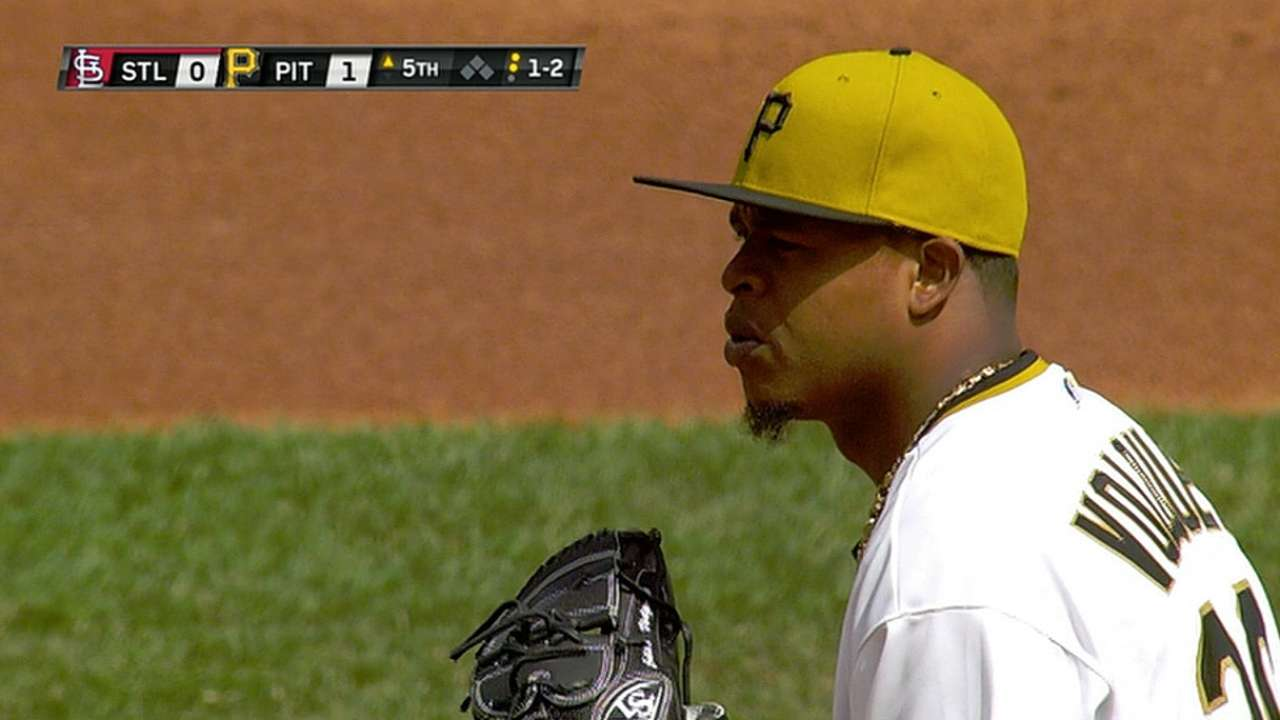 Volquez takes strong step in series-clinching start