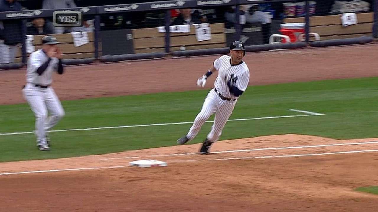 Jeter helps guide Yanks in final home opener