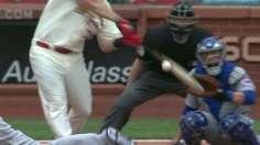 Cards tack on runs to back Wainwright vs. Cubs