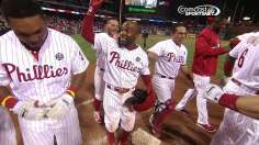 Rollins lifts Phillies with walk-off homer in 10th