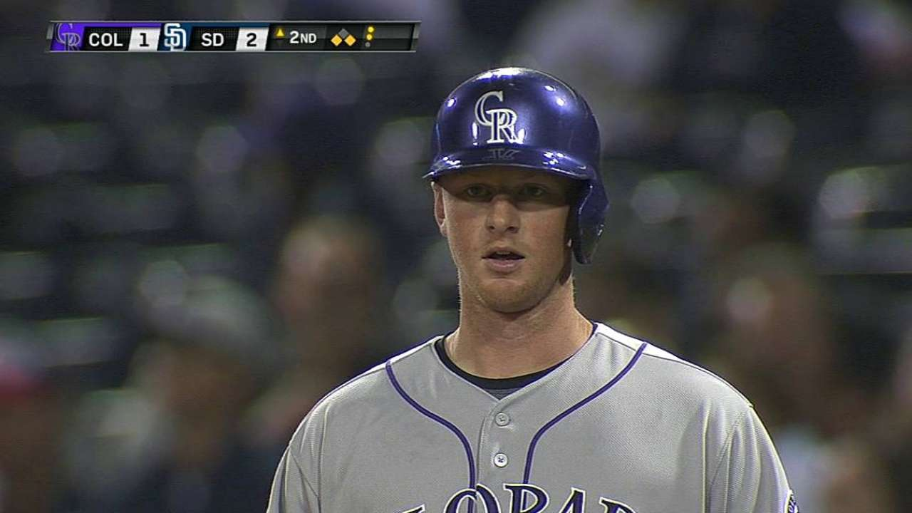 LeMahieu shines at plate with runners on base