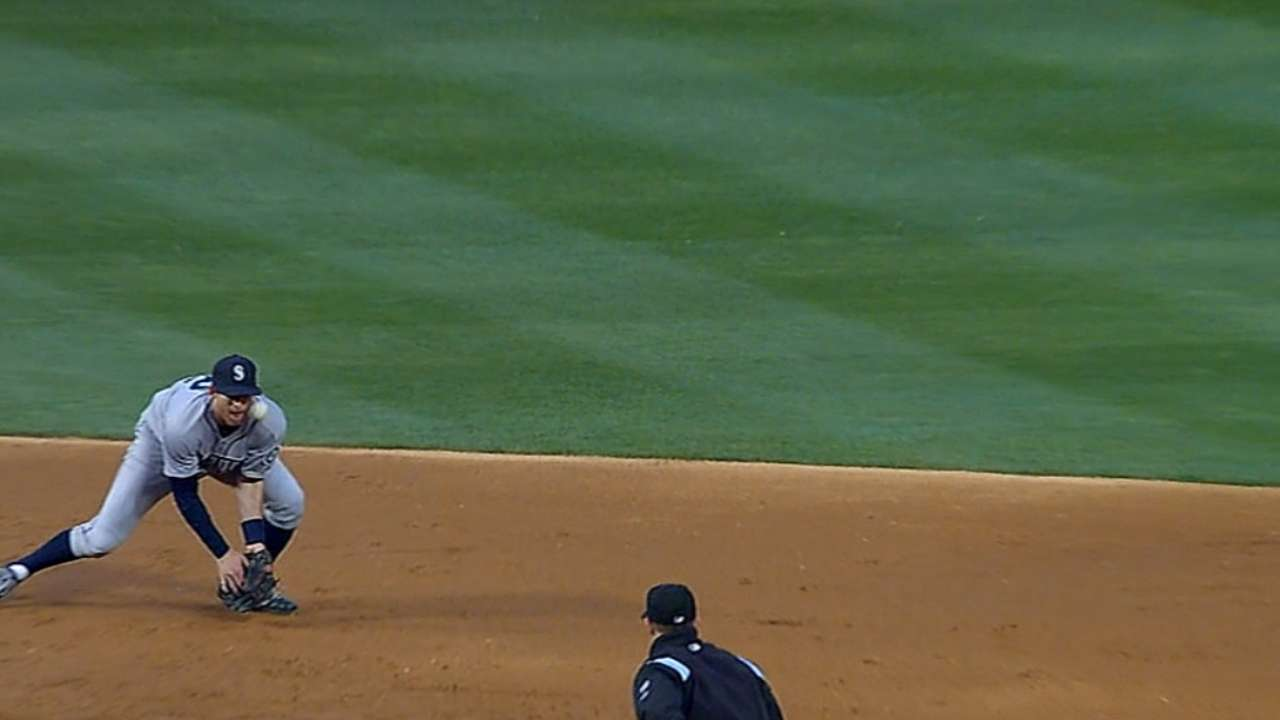 Beavan makes early exit in loss to Rangers