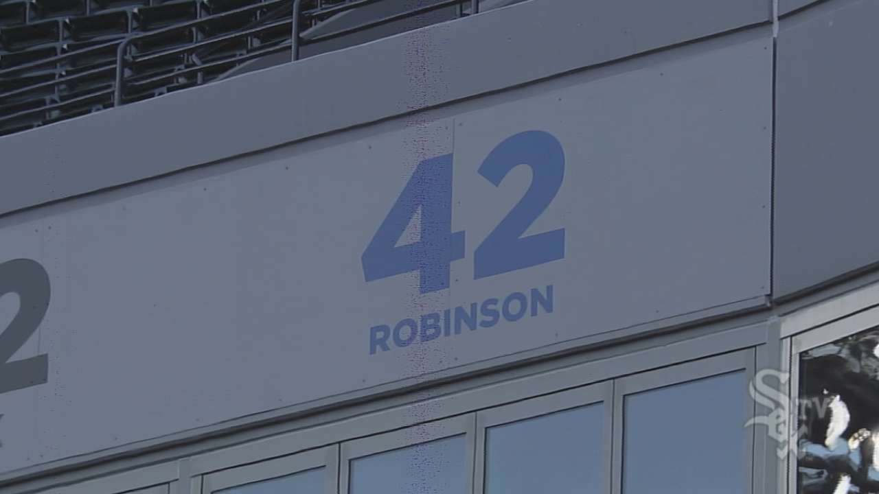 White Sox honored to don No. 42 on backs