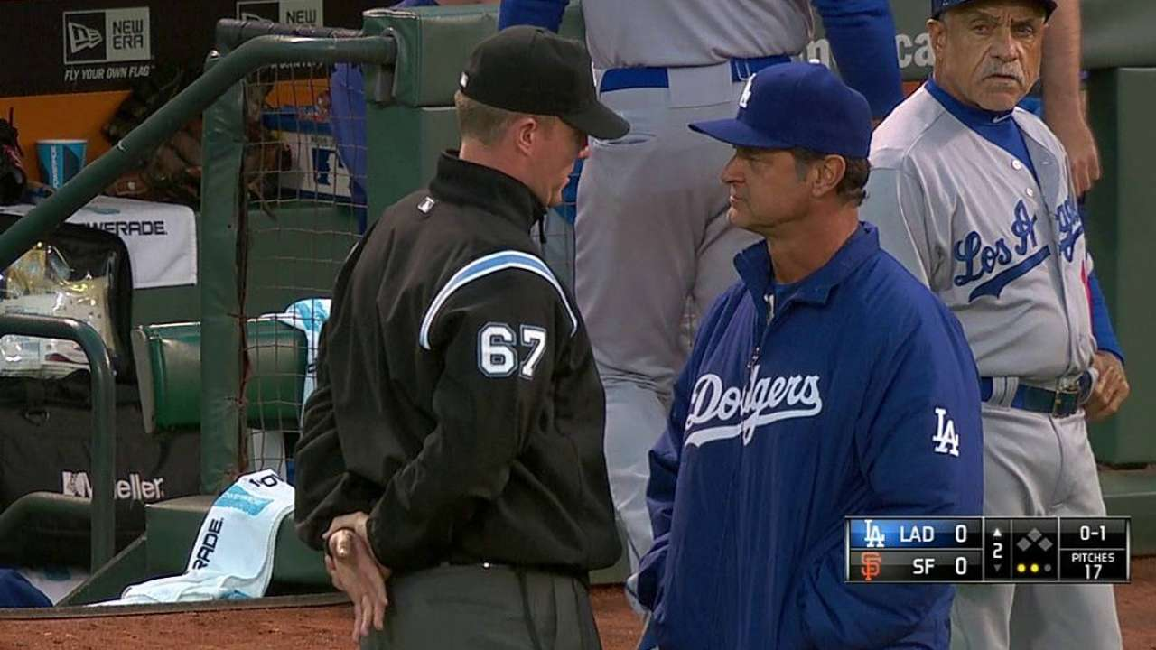 Dodgers on losing end of pickoff-play challenge