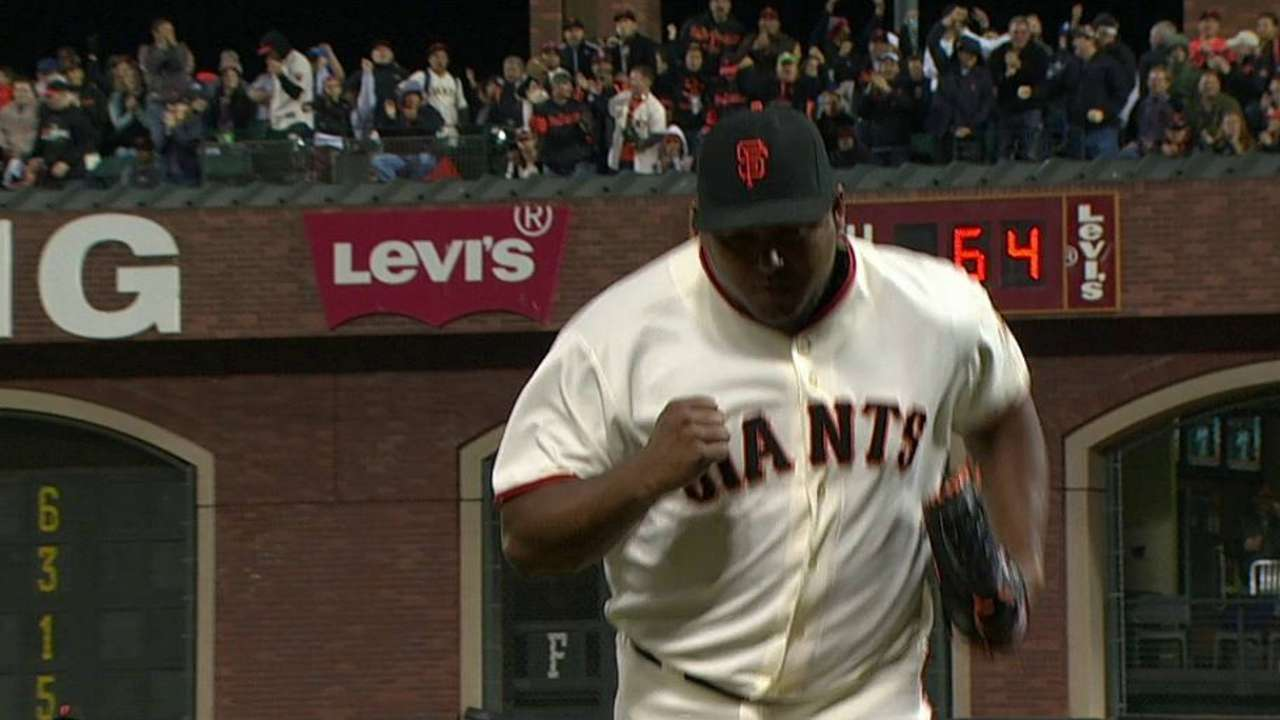 Giants reliever Machi racking up wins