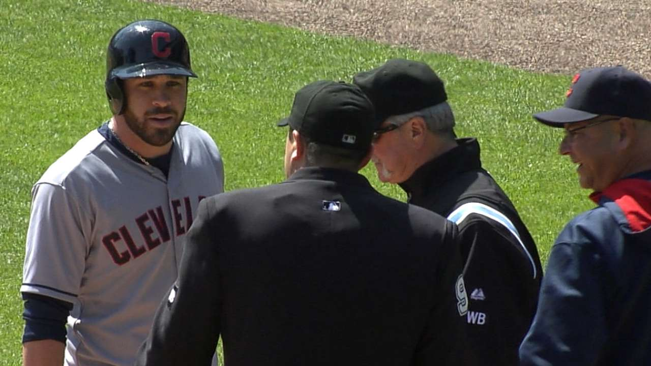 Kipnis tossed for arguing balls and strikes