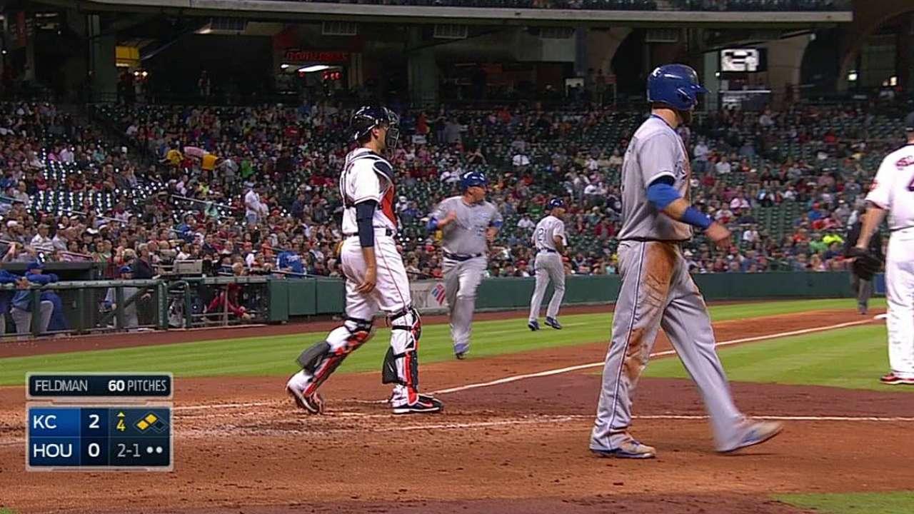 Shields poncha a 12 y Reales se imponen a Astros