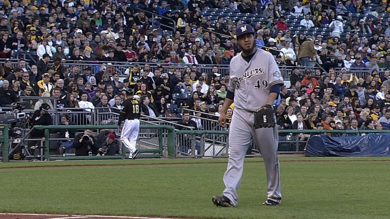 Brewers' road winning streak snapped by Pirates