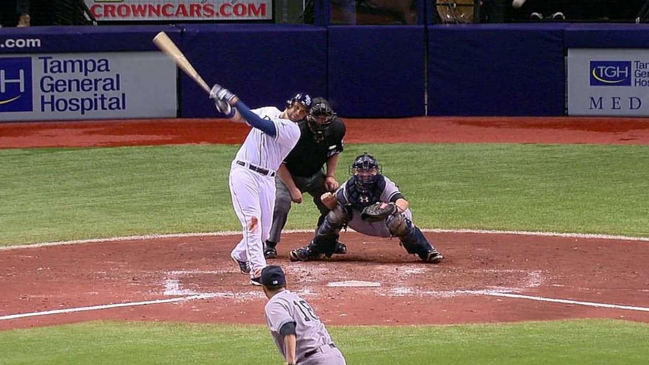 Loney remolca cuatro en victoria de Rays vs. Yankees