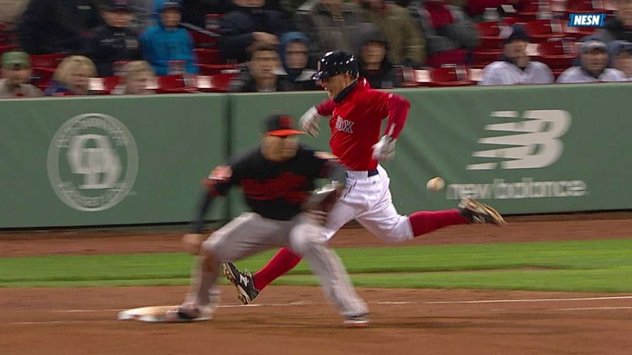 Farrell appeals to umpires, who overturn call