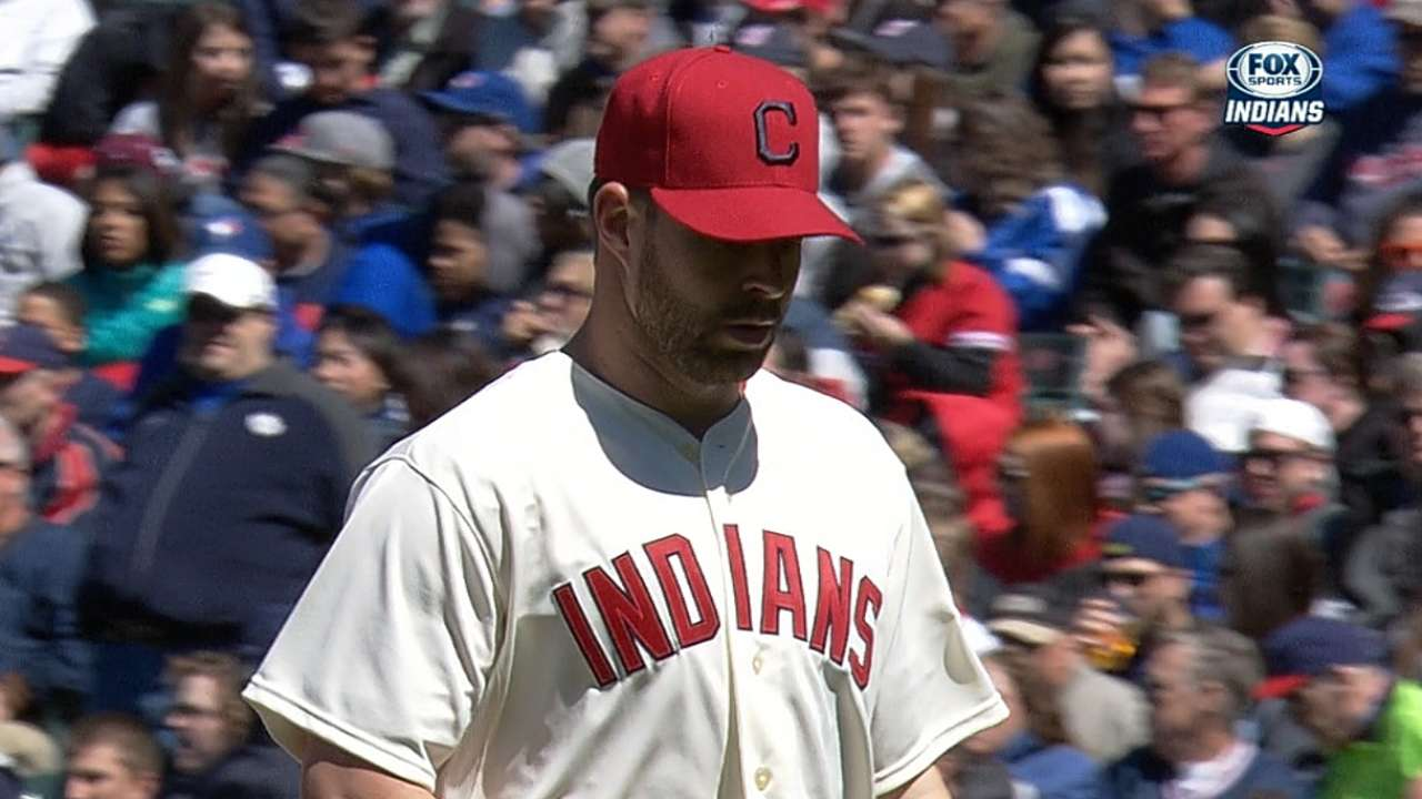 Indians' offense denied by Buehrle, Blue Jays