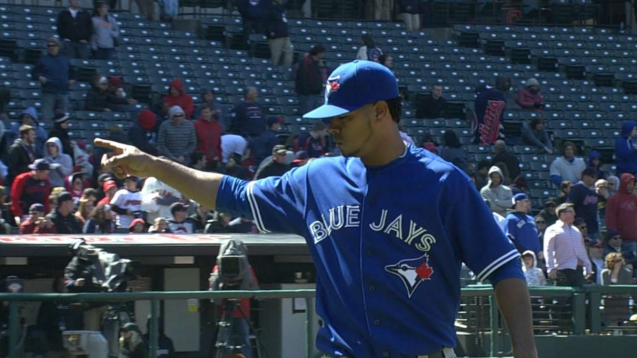 Rogers' struggles taxing on Blue Jays' bullpen