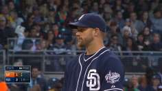 Stults baffles Giants to earn first win of '14