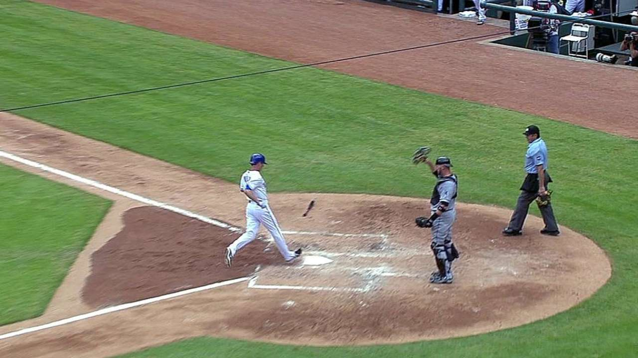 Ross, Rangers can't contain big inning vs. White Sox