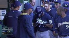 Davis, Braun lift Brewers to 14-inning victory