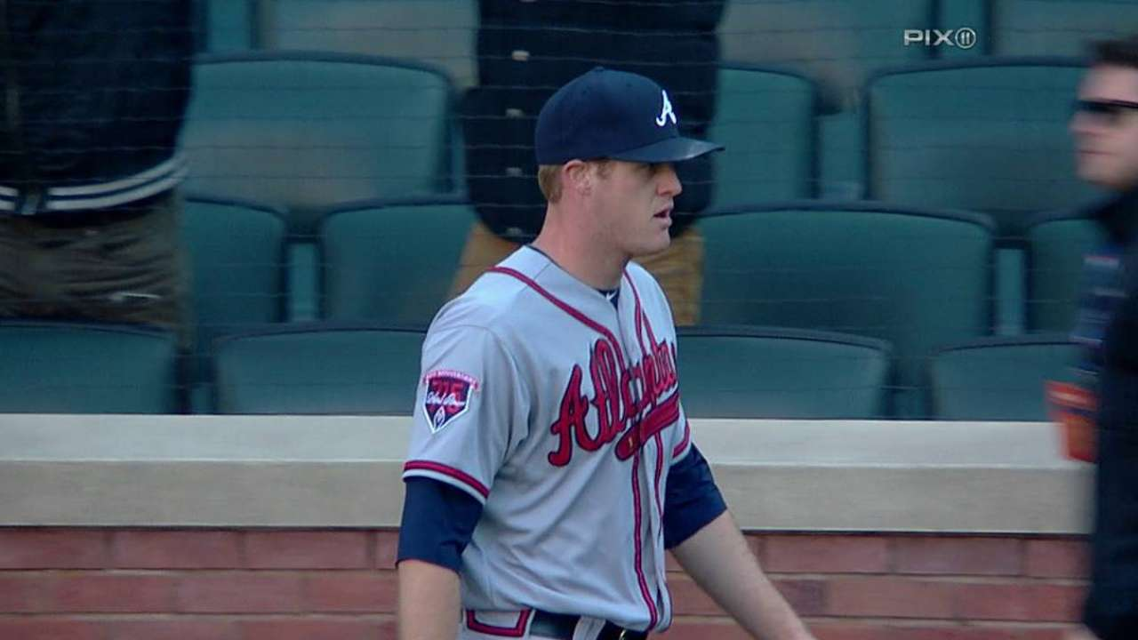 Miscues sting Braves in 14-inning loss to Mets