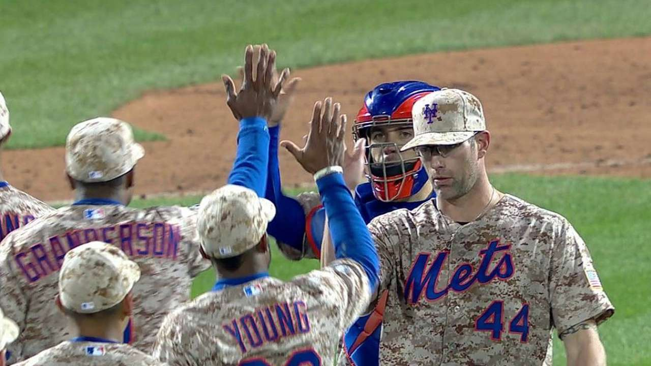 Mets to monitor workload of Farnsworth