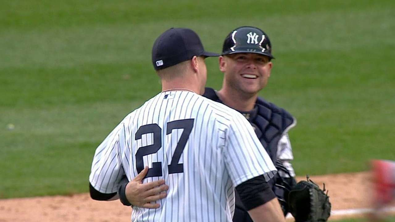 Minus Robertson, Yanks feel 'pen up to task