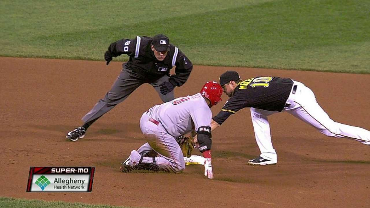 Pirates successfully challenge safe call at second