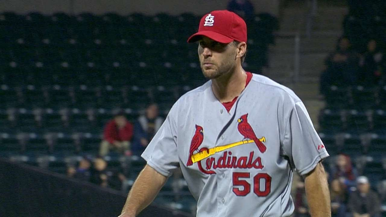 Stellar Wainwright leads Cardinals over Mets
