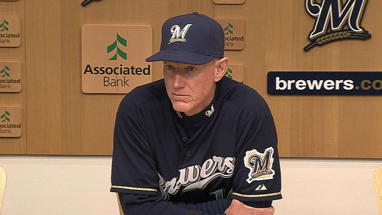 Brewers' four-game win streak snapped in extras