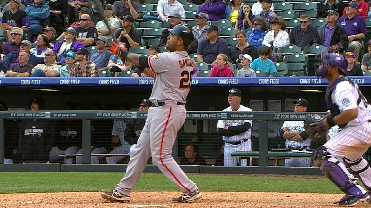 Grand slam gives slugging Giants 11-inning win