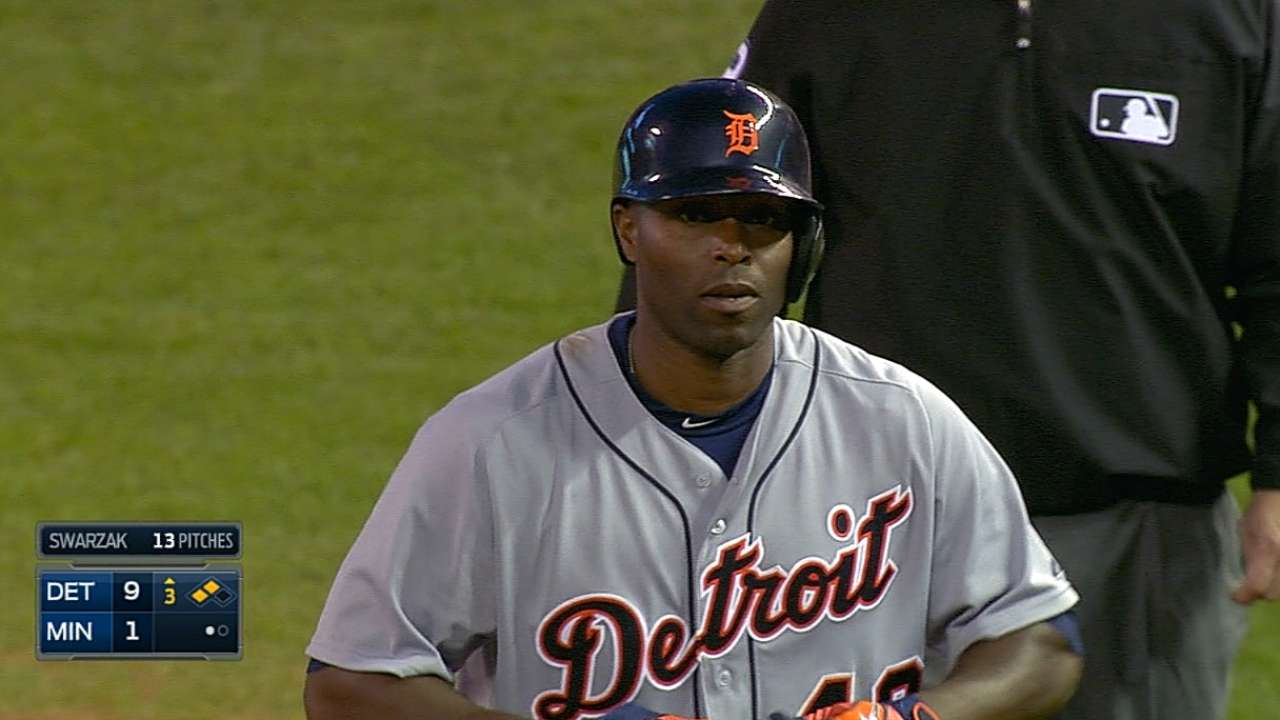Tigers ride seven-run frame to win over Twins