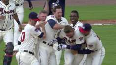 Freeman's walk-off in 10th caps thrilling duel