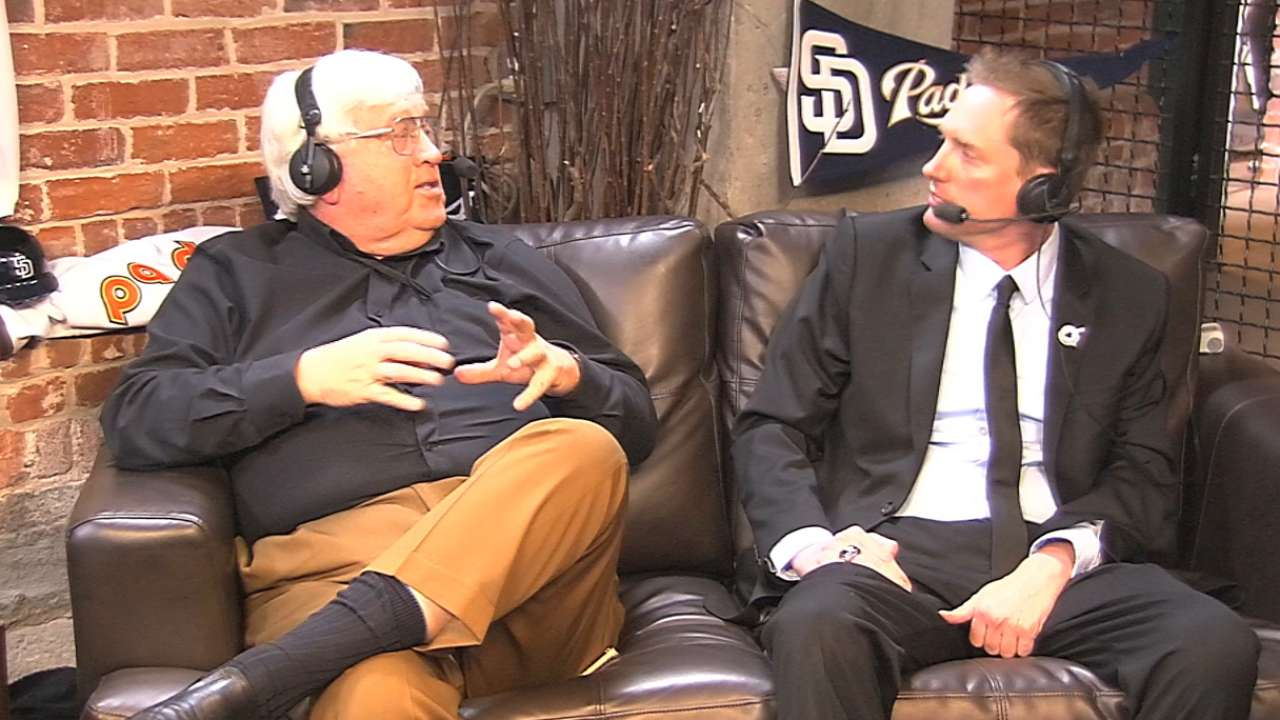 Padres name Miniak as their PA announcer