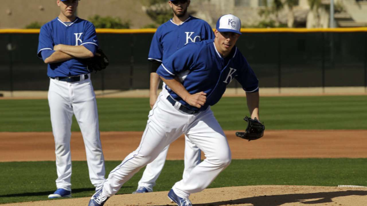 Royals taking patient approach with Zimmer