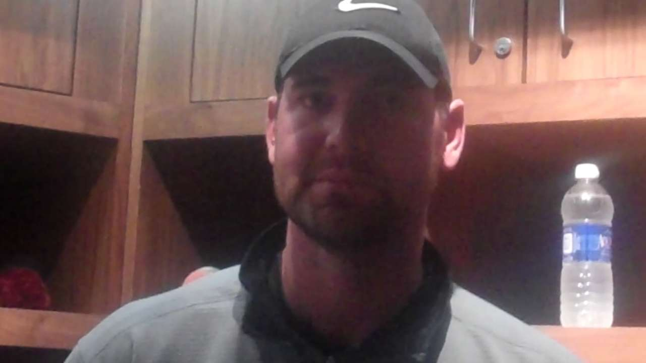 Twins want to see more velocity from Pelfrey