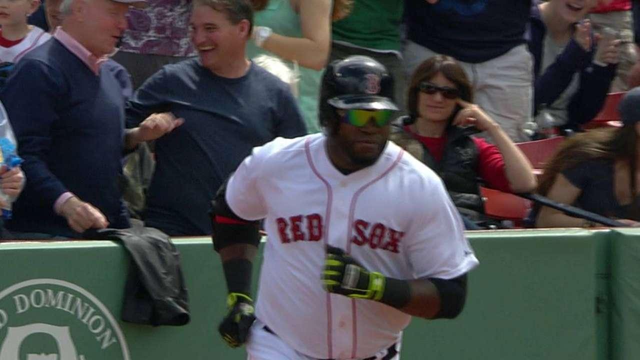 Lester ponchó a 15 bateadores en victoria de Boston