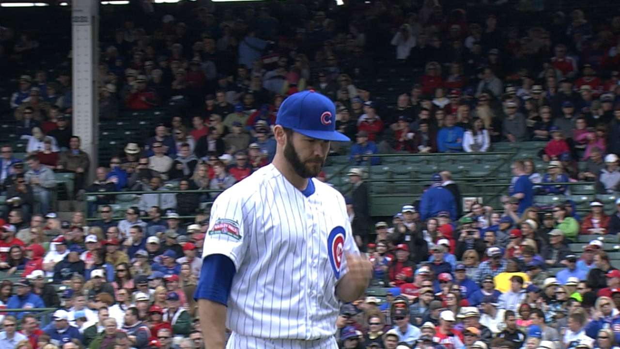 Arrieta's debut, homers give Cubs third straight win